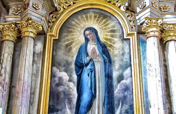 Pourquoi offrir une médaille de la Vierge Marie à un baptême ?