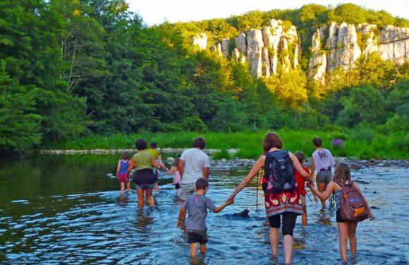 Découvrez les gorges de l'Ardèche au départ du camping La Grand Terre